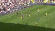 Kums salva l'Udinese dal tiro di Floro Flores contro il Chievo