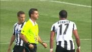 La palla carambola sulla mano di Gamberini nell'area della Fiorentina e l'Udinese guadagna un rigore