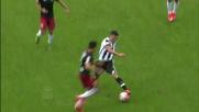 Lamanna si supera su Marquinho e salva il Genoa