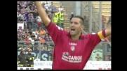 Lucarelli con uno stacco imperioso sigla il goal vittoria per il Livorno