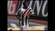 L'Udinese festeggia con un goal di Gyan Asamoah il vantaggio sull'Atalanta