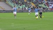 L'Udinese in contropiede spreca con un tiro a lato di Maicosuel