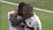 Luiz Adriano porta in vantaggio il Milan trasformando il rigore a Bergamo