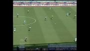 Cesar di testa a momenti sorprende Buffon che si rifugia in angolo