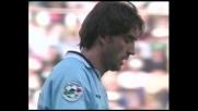 Mancini devia nell'area piccola, goal della Lazio
