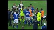 Mannini segna con De Sanctis a terra: goal delle polemiche in Udinese-Brescia