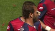 Matuzalem ferma fallosamente Kristicic a centrocampo con un tackle sulle sue gambe