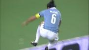 Mauri in spaccata realizza il goal che indirizza il match contro l'Atalanta