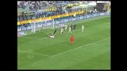 Minelli atterra Cruz e concede un rigore all'Inter