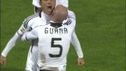 Mutu sigla la sua doppietta al Genoa con uno spettacolare goal all'incrocio dei pali