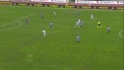 Paulinho spara nella curva del Catania