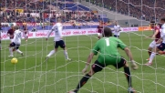 Totti segna al Genoa con un tiro deviato