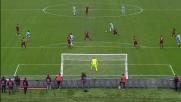 Nel derby di Roma Szczesny in uscita toglie la palla a Keita