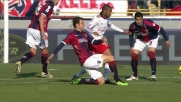 Robinho colpisce Moras con un destro potente
