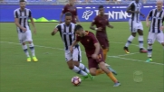 Ali Adnan contrasta in maniera efficace Manolas in Roma-Udinese