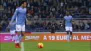 Felipe Anderson supera Baselli con un pallonetto di tacco