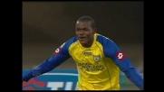 Obinna dagli undici metri segna il goal che chiude la gara contro l'Udinese