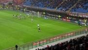 Montolivo contro il Genoa colpisce il palo con un gran sinistro dal limite dell'area