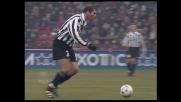 Zidane sfiora il goal da fuori area contro il Milan