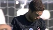 El Papu Gomez grazie il Genoa mandando la sfera in curva