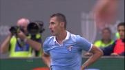 A Siena Pegolo causa un rigore atterrando Klose in area