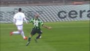 Paolo Cannavaro arresta in tackle la corsa di Felipe Anderson