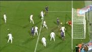 Parolo salva la porta della Lazio dopo un colpo di testa del difensore della Fiorentina Marcos Alonso