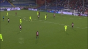 Pazzini colpisce la traversa di testa: Verona vicino al goal contro il Genoa