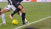Pazzini, dribbling di suola contro l'Udinese