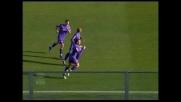 Pazzini sul primo palo fa secco De Sanctis e la Fiorentina trova il goal del raddoppio