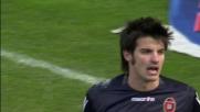 Agazzi smanaccia il corner della Lazio calciato da Ledesma