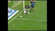 Pecchia strattonato, rigore per il Como contro l'Inter