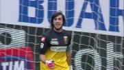 Perin devia il tiro di Juanito Gomez salvando la porta del Genoa