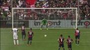 Perotti dal dischetto realizza il goal del raddoppio per il Genoa