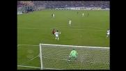Peruzzi reattivo sulla girata da goal di Lucarelli