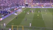 Pinilla si improvvisa difensore contro il Genoa all'Atleti Azzuri d'Italia
