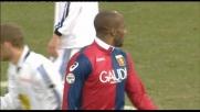 Poca fortuna per Suazo, centra il palo con il destro contro l'Atalanta