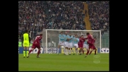 Punizione di Doga contro la Lazio. Palla sul palo
