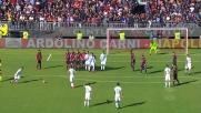Punizione di Insigne contro il Cagliari: palla non lontana dall'incrocio