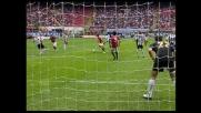 Inzaghi firma il goal che porta in vantaggio il Milan con l'Udinese a San Siro