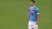 Gabbiadini realizza il 5-0 con cui il Napoli affonda la Lazio