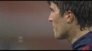 Con una punizione impeccabile Zapater segna il goal del 2-2 con la Roma