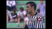 Quagliarella colpisce l'incorcio contro il Cagliari con un tiro incredibile da fuori area