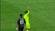 Mano fuori area per fermare Pato: rosso per Rubinho!