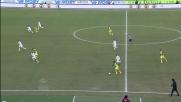 Marchetti in uscita blocca la palla sui piedi di Paloschi