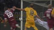Rafael con la punta delle dita devia sul palo un tiro di Meggiorini: tutto fantastico a Torino!