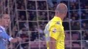 Reina provvidenziale sul colpo di testa di Widmer: il Napoli ringrazia il suo portiere