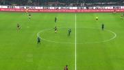 El Shaarawy si presenta da solo nell'area dell'Inter ma tira la palla sulla traversa
