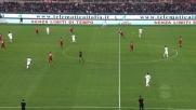 Robinho cerca il piazzato col destro, palo esterno in Roma-Milan!