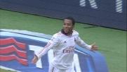Robinho finalizza in goal una grande azione del ;Milan al Bentegodi